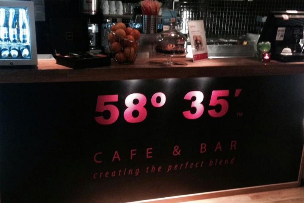 58º 35' Café & Bar
